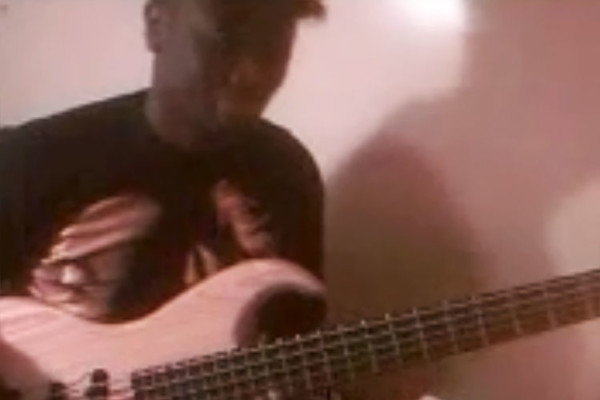 Cheikh Ndoye: Blue in Green Bass Solo