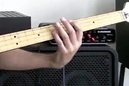 Slap Bass 101 – Part 6: Octaves