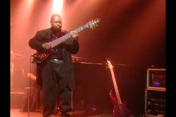 """Bill """"The Buddha"""" Dickens: Funk Bass (and Beyond)"""