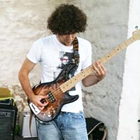 Marco Rodi: A Bassist in the BOSS Loop Station Finals