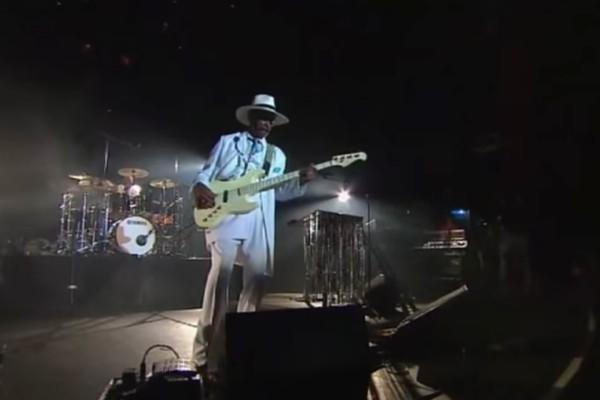 Larry Graham: Bass Solo, Live au Bataclan