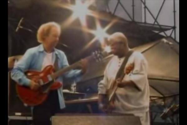 Lee Ritenour with Abraham Laboriel: Rio Funk (Live)