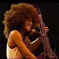 Esperanza Spalding: Wild Is The Wind, Live