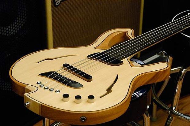 Jerzy Drozd Barcelona Bass