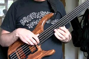 """Mike Flynn: """"Very Early"""" Fretless Bass Solo"""