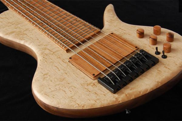 Bass of the Week: Adamovic Eric Czar Signature 7