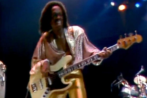 """Earth, Wind and Fire: """"That's the Way of the World"""", Live (1981)"""