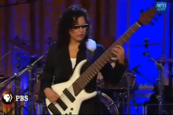 """Jeff Beck and Rhonda Smith: """"Brush with Blues"""", Live at the White House"""