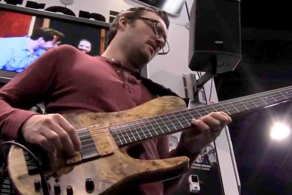Janek Gwizdala – Live Solo Bass: NAMM 2012