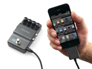 Digitech iStomp Configurable Stompbox with iPhone