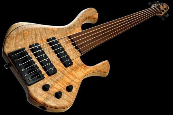 Bass of the Week: Skjold Design Guitars' Skjoldslayer