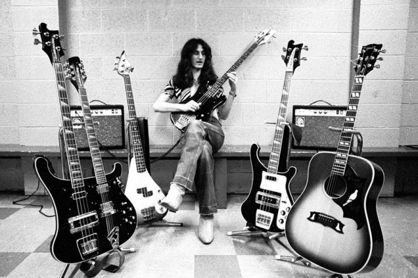 """Rush: """"YYZ"""" – Geddy Lee's Isolated Bass (Isolated Bass Week)"""