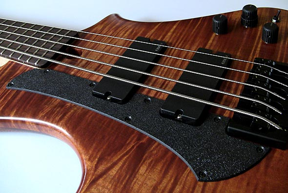 Bass of the Week: ML Basses Volcan
