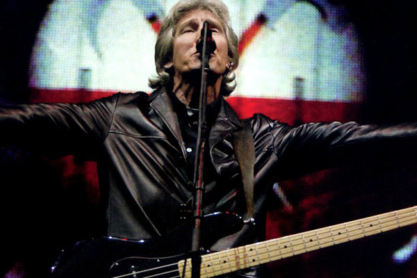 """Roger Waters Announces Final and Largest Production of """"The Wall"""""""