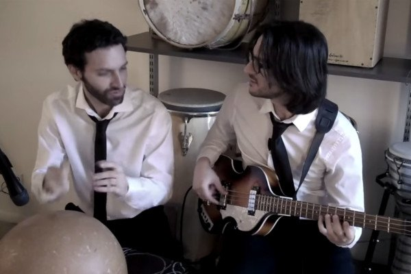 Andres Rotmistrovsky and Marcelo Woloski: Blackbird (Bass and Percussion Duo)