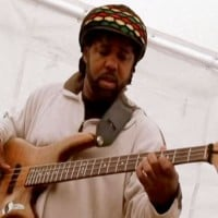 "Victor Wooten: ""Isn't She Lovely"", Live Solo Bass Performance"