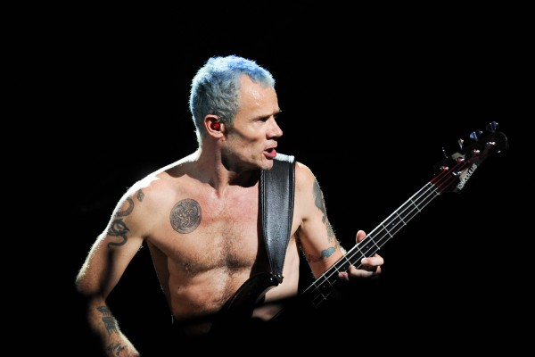 """Red Hot Chili Peppers: Flea's Isolated Bass on """"Scar Tissue"""""""