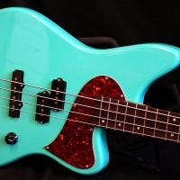 Kauer Guitars Introduces Daylighter Bass