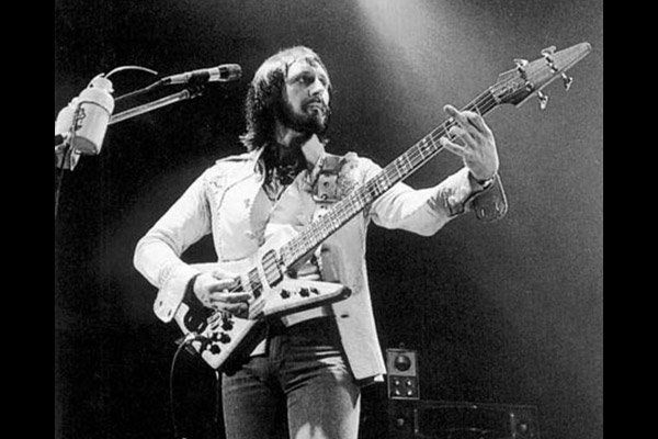 """John Entwistle: Isolated Bass on The Who's """"Sea And Sand"""""""