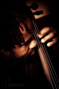 Victor Wooten playing cello