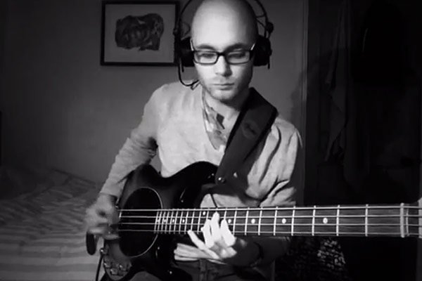 """Huw Foster: Coldplay's """"Trouble"""" Bass and Vocals Cover"""