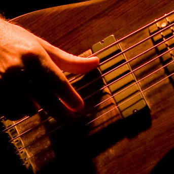 Right Hand Technique for Bassists: Expanding Your Finger Patterns