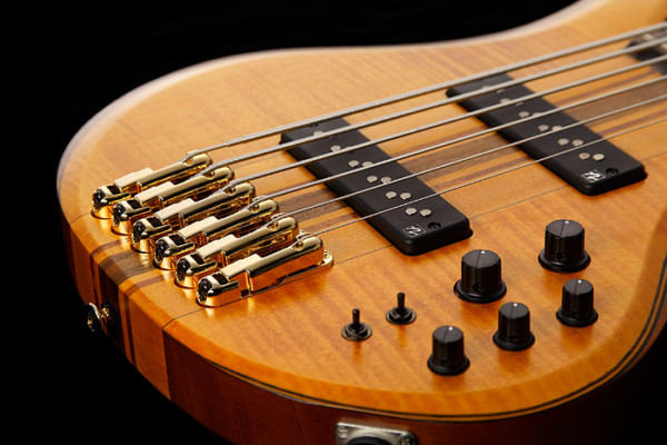 Switching Between 4, 5, and 6-string Basses