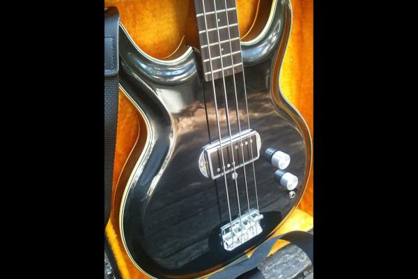 Old School: 1973 Acoustic Control Corporation Black Widow Bass