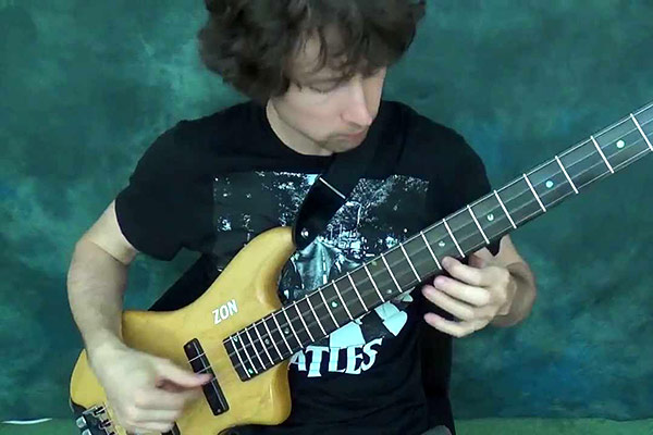 "Zander Zon: Linkin Park's ""Numb"" Solo Bass Arrangement"