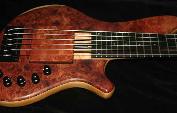 Bass of the Week: AC Guitars Recurve Classic 6
