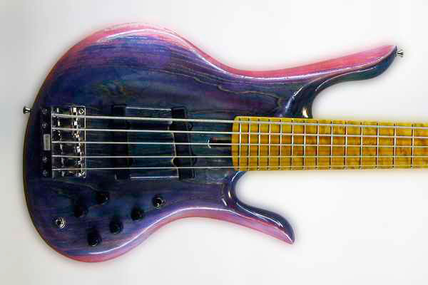 Bass of the Week: Odyssey Basses Calypso