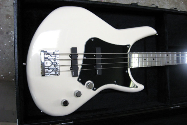 Bass of the Week: Electrical Guitar Company Series One Bass