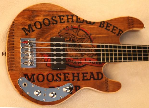 Grove Guitars FHP Bull Moose 5 - body