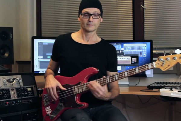 How to Play A Funky Bass Line