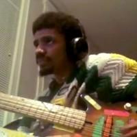 """MonoNeon: Donyea's Slo-Soul Arrangement of James Brown's """"I Feel Good"""""""