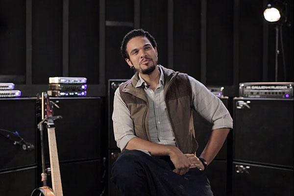 "Robert ""Bubby"" Lewis: Interview & Bass Solos"