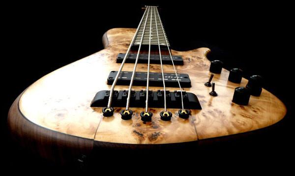 Bass of the Week: Franz Bassguitars Sirius