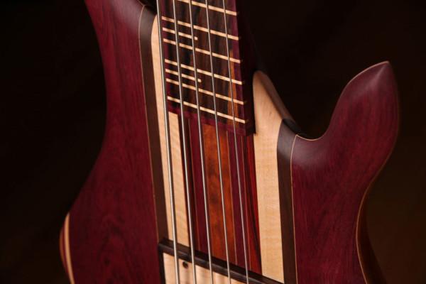 Bass of the Week: Zoov Guitars Classic 5 Fretless