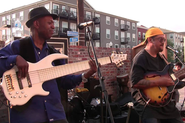Leo Nocentelli's Meters Experience, Featuring Bill Dickens: Live in New Orleans