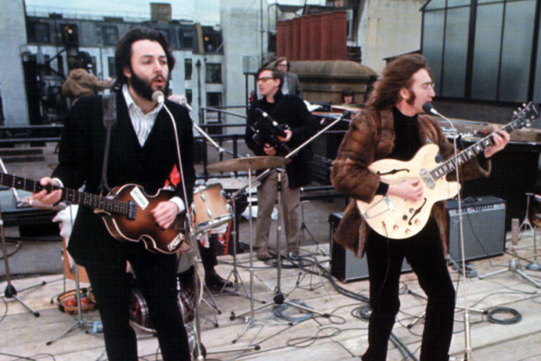 """The Beatles: """"Don't Let Me Down"""" Rooftop Performance"""