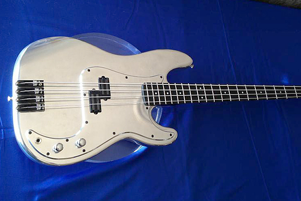OZZtosh LUMA Aluminum Body Bass