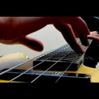 "Zander Zon: ""Single-Handed"" Solo Bass"