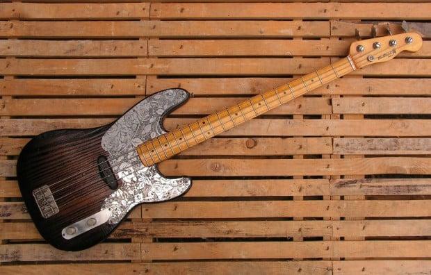 Black Beard Guitars Fahrenheit 4:51 II Bass - angle