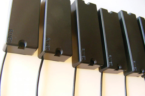 Reed James Engineering Introduces RJ NEO Split Blade Bass Pickups