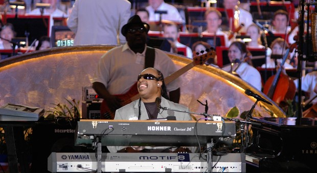 Stevie Wonder with Nate Watts (2006)