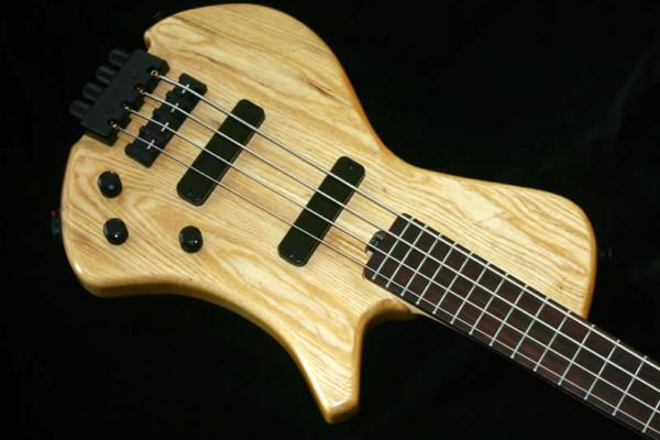 AC Guitars Announces Border Reiver Travel Bass
