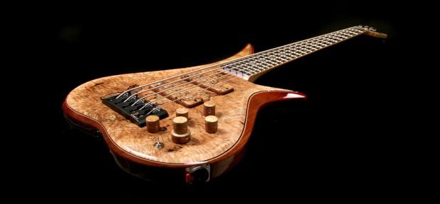 BL Design Marozi #014 Bass Full, Angle view