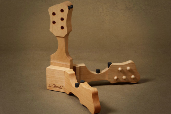 CStands Launches with Bass-Specific Guitar Stands