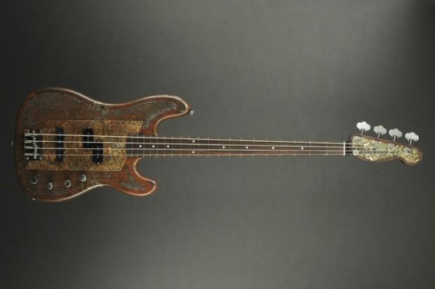 James Trussart Guitars Rust O Matic Roses SteelCaster Bass Full