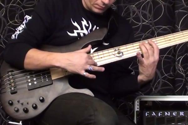 Viktor L?rincz: Solo Bass Rock and Roll